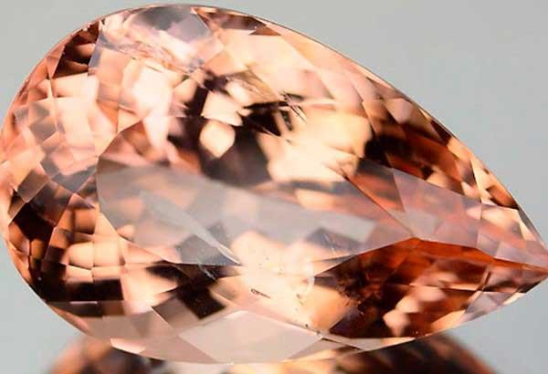 Какому знаку Зодиака подходит камень морганит
